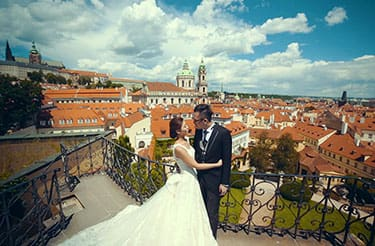 How much does Prague pre wedding shoot cost