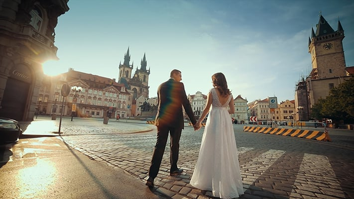 Interview video about the best wedding venues in Prague by videographer
