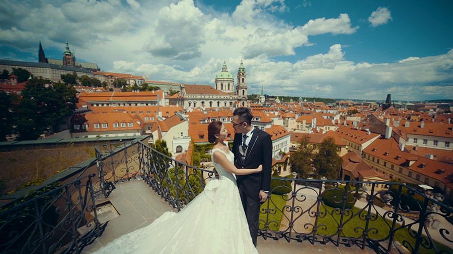 Prague pre wedding shoot