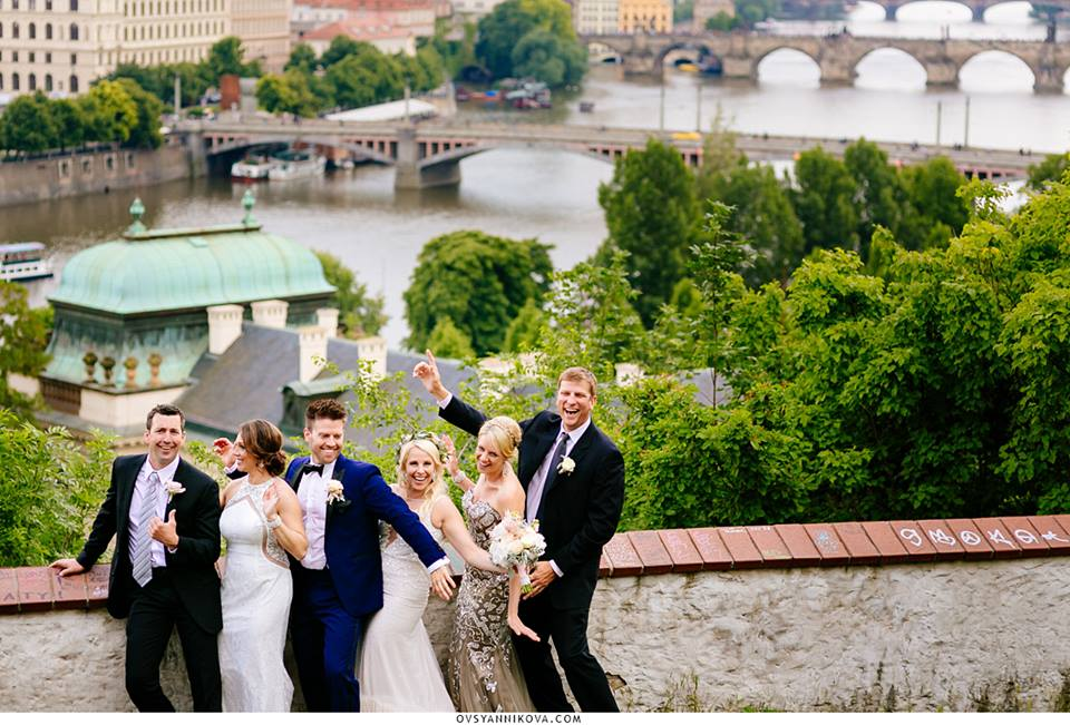 American couple's wedding in Prague. Photographer: Evgeniya Ovsyannikova.
