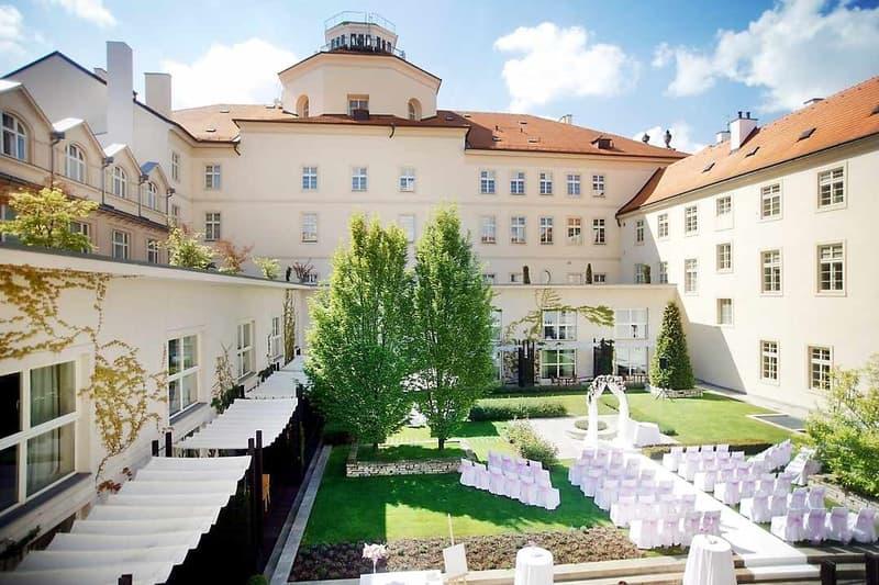 Mandarin Oriental Prague hotel wedding
